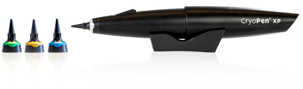 CryoPen XP device with applicators and support
